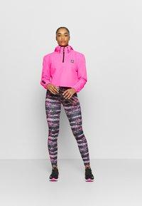 Ellesse - JYN - Collants - black/pink - 1