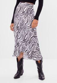 Bershka - Wrap skirt - black - 0