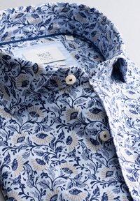 Eterna - SLIM FIT - Shirt - light blue - 4