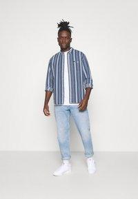 Lee - RIVETED SHIRT - Shirt - indigo - 1