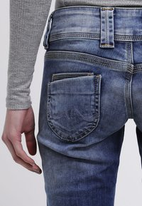 Pepe Jeans - VENUS - Straight leg jeans - blanco - 5
