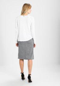 Rich & Royal - HEAVY LONGSLEEVE - Long sleeved top - white - 2