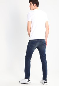 Diesel - THOMMER - Jeans Slim Fit - 084bu - 2