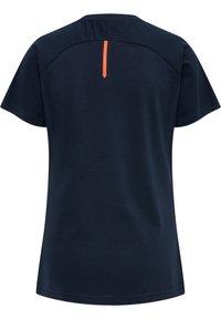 Hummel - Basic T-shirt - dark sapphire/fiesta - 2