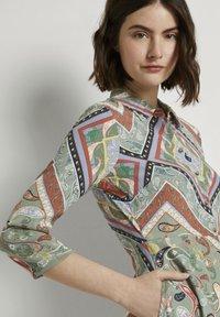 TOM TAILOR DENIM - Shirt dress - patchwork paisley print - 3