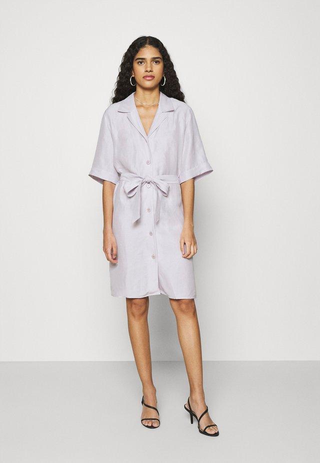 Košilové šaty - light purple