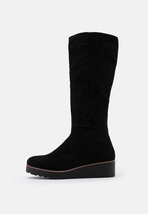 Stivali con la zeppa - black