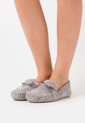 LOAFER - Pantuflas - grey