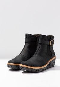 El Naturalista - MYTH YGGDRASIL - Ankle boots - black - 4