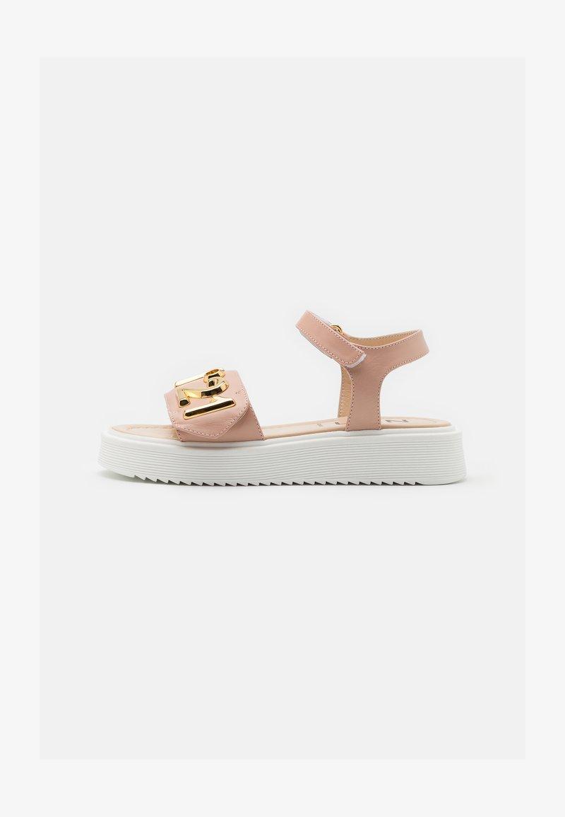 N°21 - Sandals - light pink