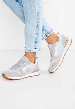 OG 85 - Joggesko - light grey