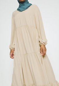Glamorous - MODESTY TIERED MAXI DRESS - Maxi dress - soft peach - 3