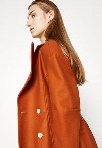 AKNVAS - MONA - Classic coat - rust - 4