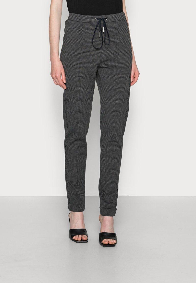 Esprit - JOGGER HOUNDSTH - Tracksuit bottoms - dark grey