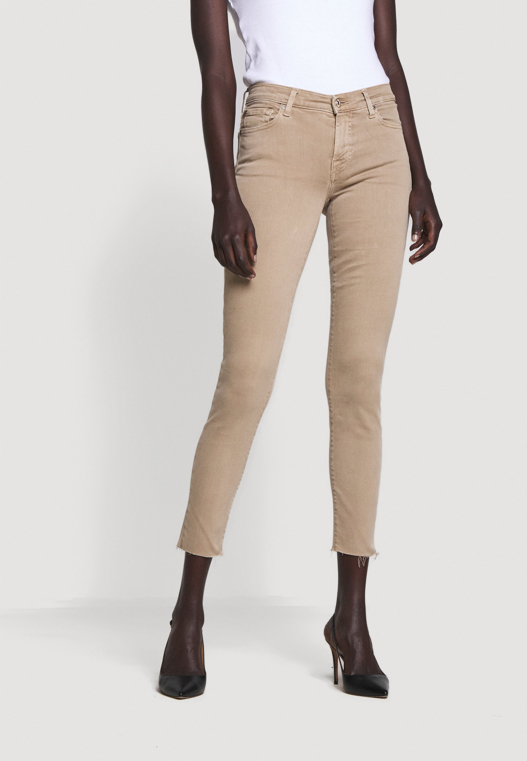 Order Women's Clothing 7 for all mankind THE CROP Trousers sandcastle yNXAPQDYq