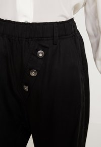 Cream - SILLIAN PANTS - Trousers - pitch black - 5