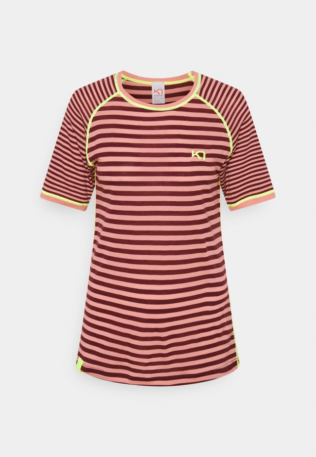 SMALE TEE - T-shirt imprimé - bordeaux