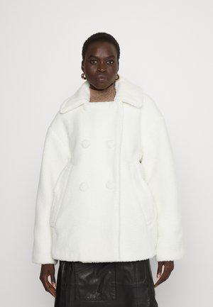 TEDDYBEAR SHORT JACKET - Winter jacket - vanilla