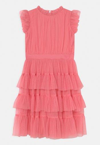 Koktejlové šaty/ šaty na párty - coral rose