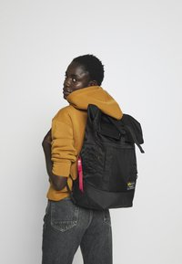 Alpha Industries - CREW BACKPACK - Rucksack - black