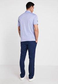 Callaway - TECH TROUSER - Kalhoty - dress blue - 2