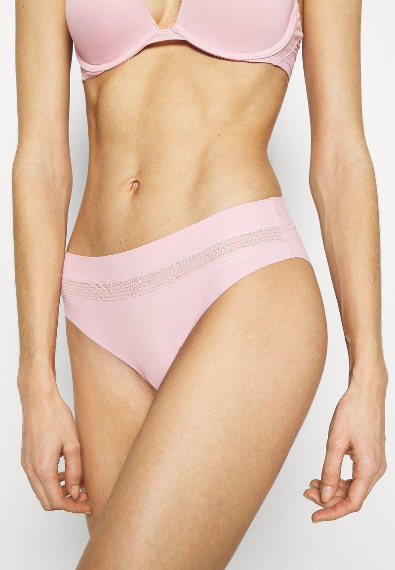 Calvin Klein Underwear - INFINITE FLEX - Briefs - echo pink