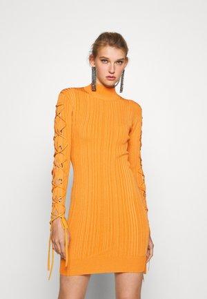 VARIEGATED MINI DRESS - Gebreide jurk - yam