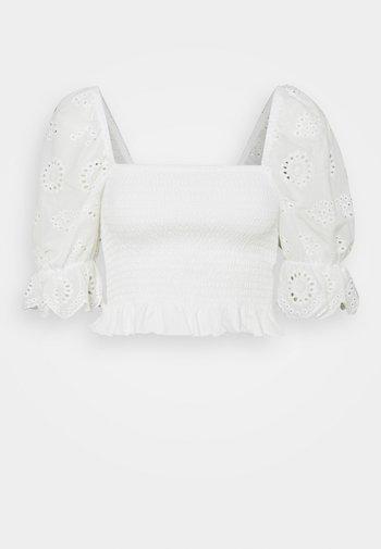 VMHEATHER SMOCK MIX - Camiseta estampada - snow white