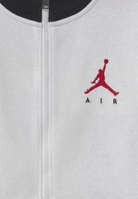 Jordan - JUMPMAN AIR - Sudadera con cremallera - white - 2