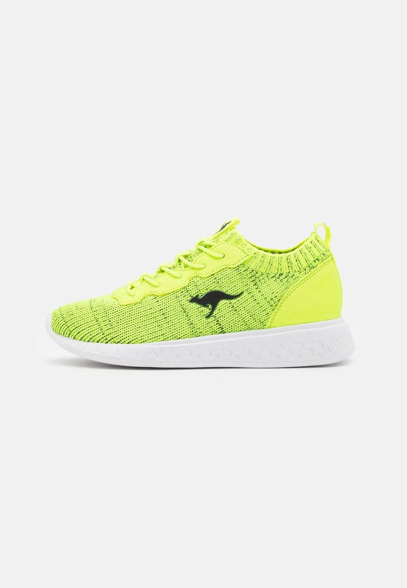KangaROOS - K-ACT STASH - Trainers - neon yellow/jet black