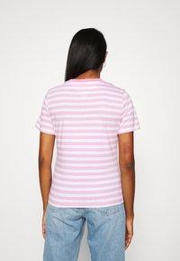 Tommy Jeans - CLASSICS STRIPE TEE - T-shirts print - pink daisy - 2