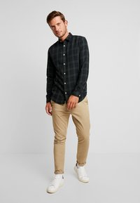 Selected Homme - Chemise - rosin - 1