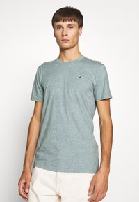 Hollister Co. - CREW - T-shirt z nadrukiem - sage - 0