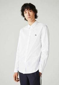 Lacoste - CH2933 - Formal shirt - blanc - 0