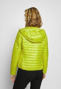 Opus - HOWIE - Lehká bunda - green leaf - 2