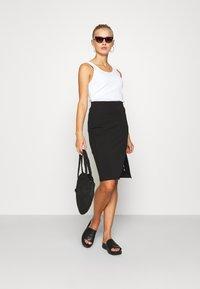 Even&Odd - BASIC - Midi skirt with slit - Pencil skirt - black - 1