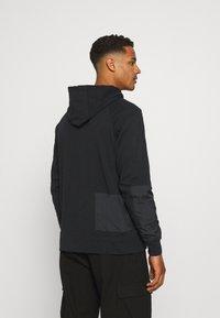 Nike Sportswear - HOODIE - Tröja med dragkedja - black - 2