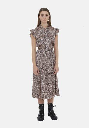 Day dress - rosa