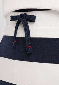 Sea Ranch - Pencil skirt - navy pearl - 3