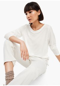 s.Oliver - Long sleeved top - cream - 6
