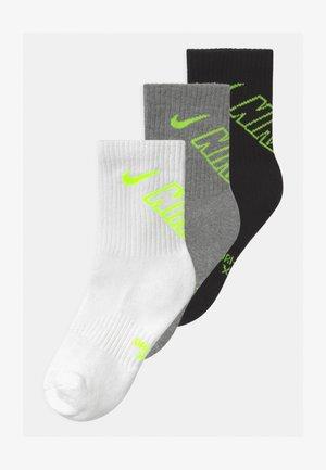 CREW 3 PACK UNISEX - Ponožky - black/volt