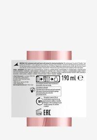 L'OREAL PROFESSIONNEL - Paris Serie Expert Vitamino Color 10in1 Spray - Hair treatment - - - 2