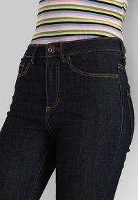 Vero Moda - VMSOPHIA - Jeansy Skinny Fit - dark blue denim/rinse - 4