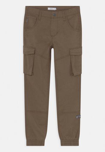 NITBAMGO  - Cargo trousers - olive