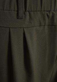Kaffe - JILLIAN  - Shorts - grape leaf - 5