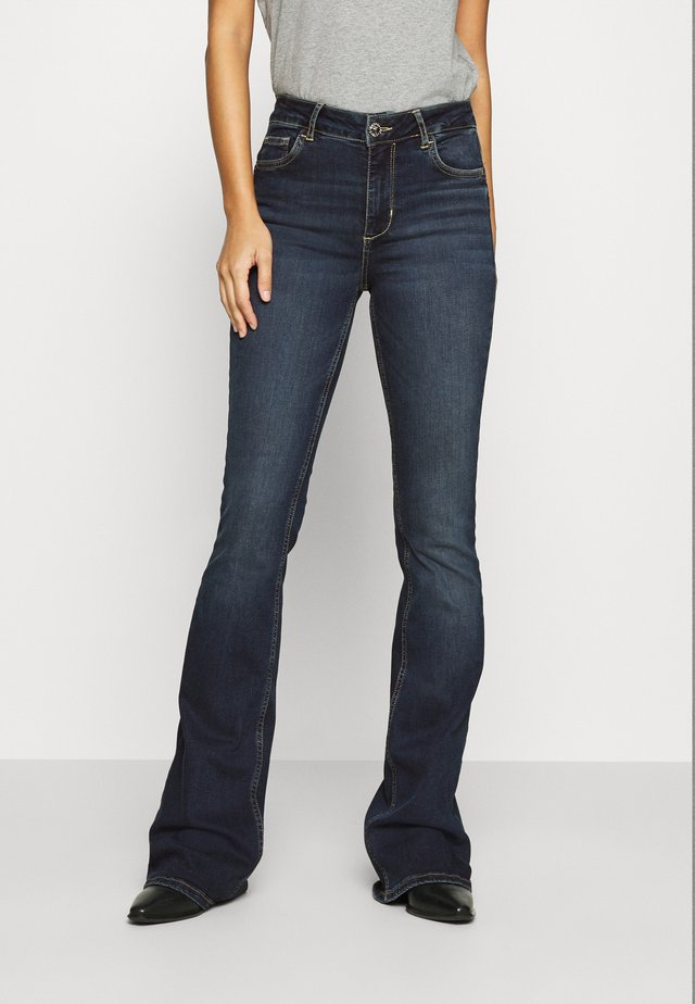 UP BEAT - Jeans bootcut - blue arboga wash