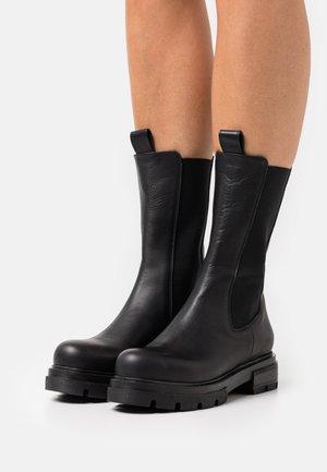 SASHA - Platform boots - nero
