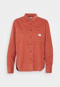 Lee - FEMININE WORKER - Button-down blouse - burnt ocra - 5