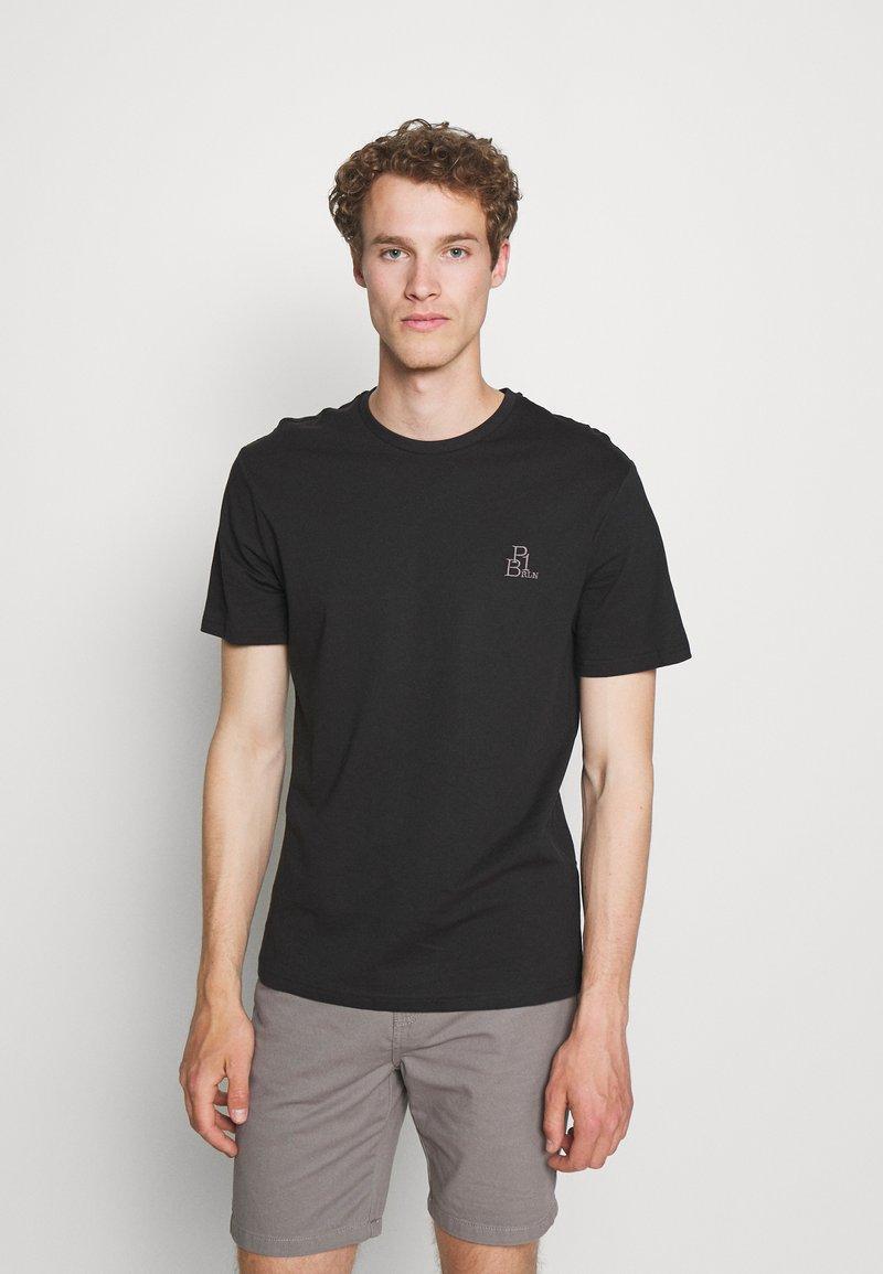 Pier One - T-paita - black