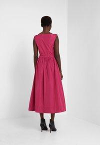 Vivienne Westwood Anglomania - NEW SATURDAY DRESS - Maxi dress - fuschia - 2